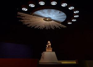 Xochipilli, el Dios de las flores, se apodera del Museo Nacional de Antropología
