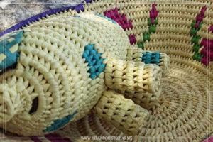 Cooperativa xi'oi y su artesanía de palma.