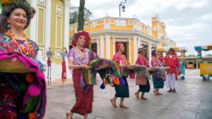 Lánzate a GUATEMALA: CORAZÓN DEL MUNDO MAYA a través Netflix