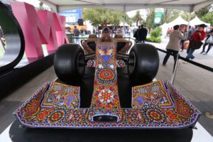El arte Huichol llega al Gran Premio de México